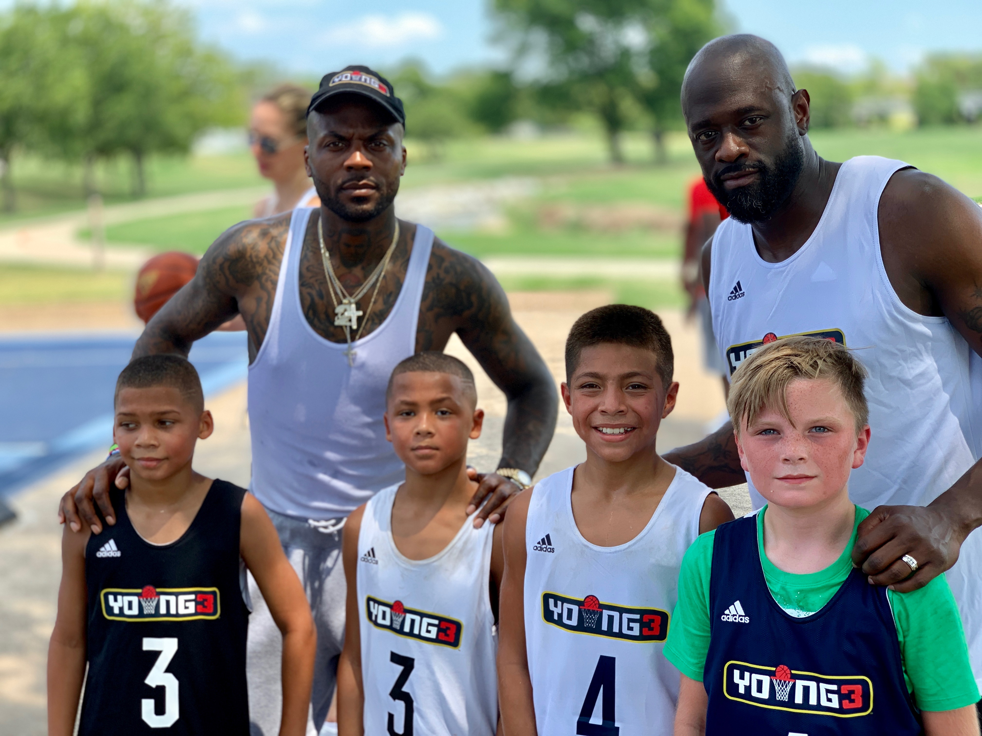 DeShawn Stevenson Gives Back To The Dallas Youth With A Shooting For Peace Clinic
